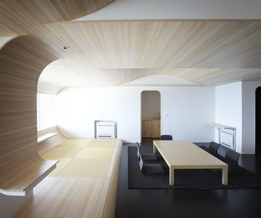 Hiroyuki Komatsu coordina il rinnovamento di un grattacielo a più progettisti