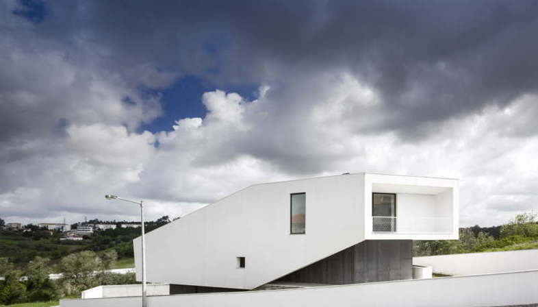 Contaminar Arquitectos architettura residenziale Vidigal House Portogallo