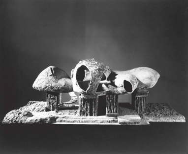 Frederick Kiesler. Endless House. The MoMA photo by George Barrows