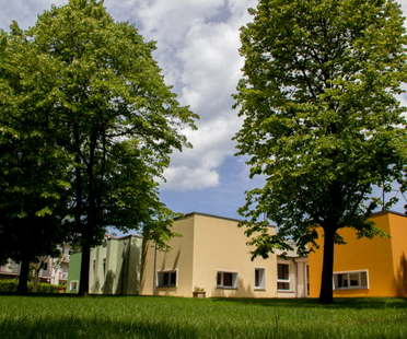 Scuola materna a Cattolica architetti Franco e Silvia Vico