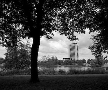 KAAN Architecten Ristrutturazione Edificio Pubblico