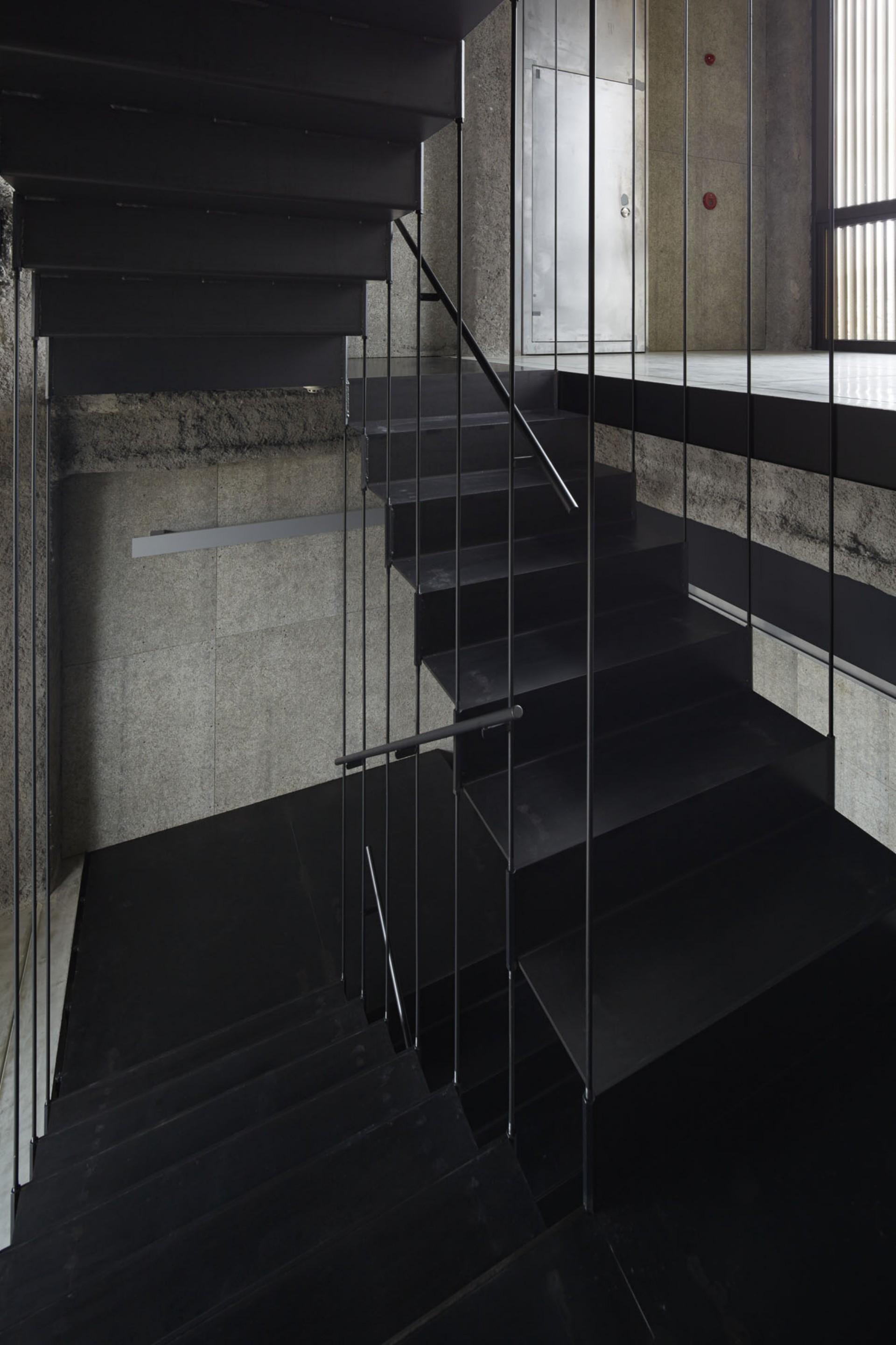 Florian Busch Architects K8 Bar Galleria a Kyoto