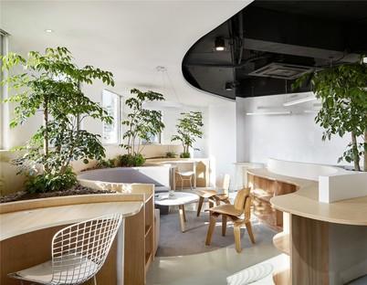 Viva la natura! Un ufficio di Muxin Design and Research