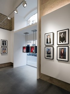 DC10 un progetto di superfici per il Leica Store di Roma