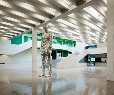Mostra huggenbergerfries Form Follows Fiction a Berlino