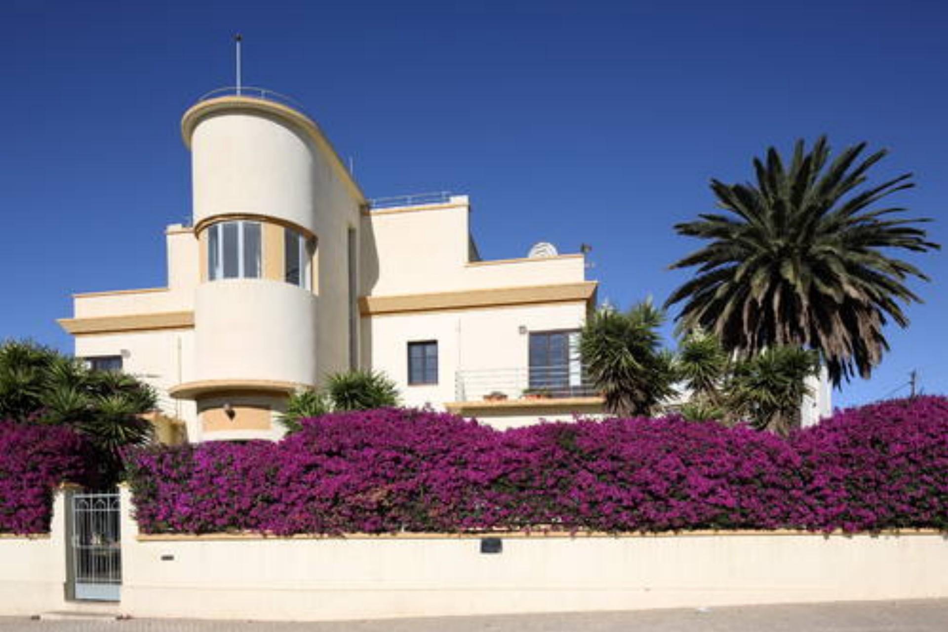 Asmara Una Citta Modernista In Africa Unesco World