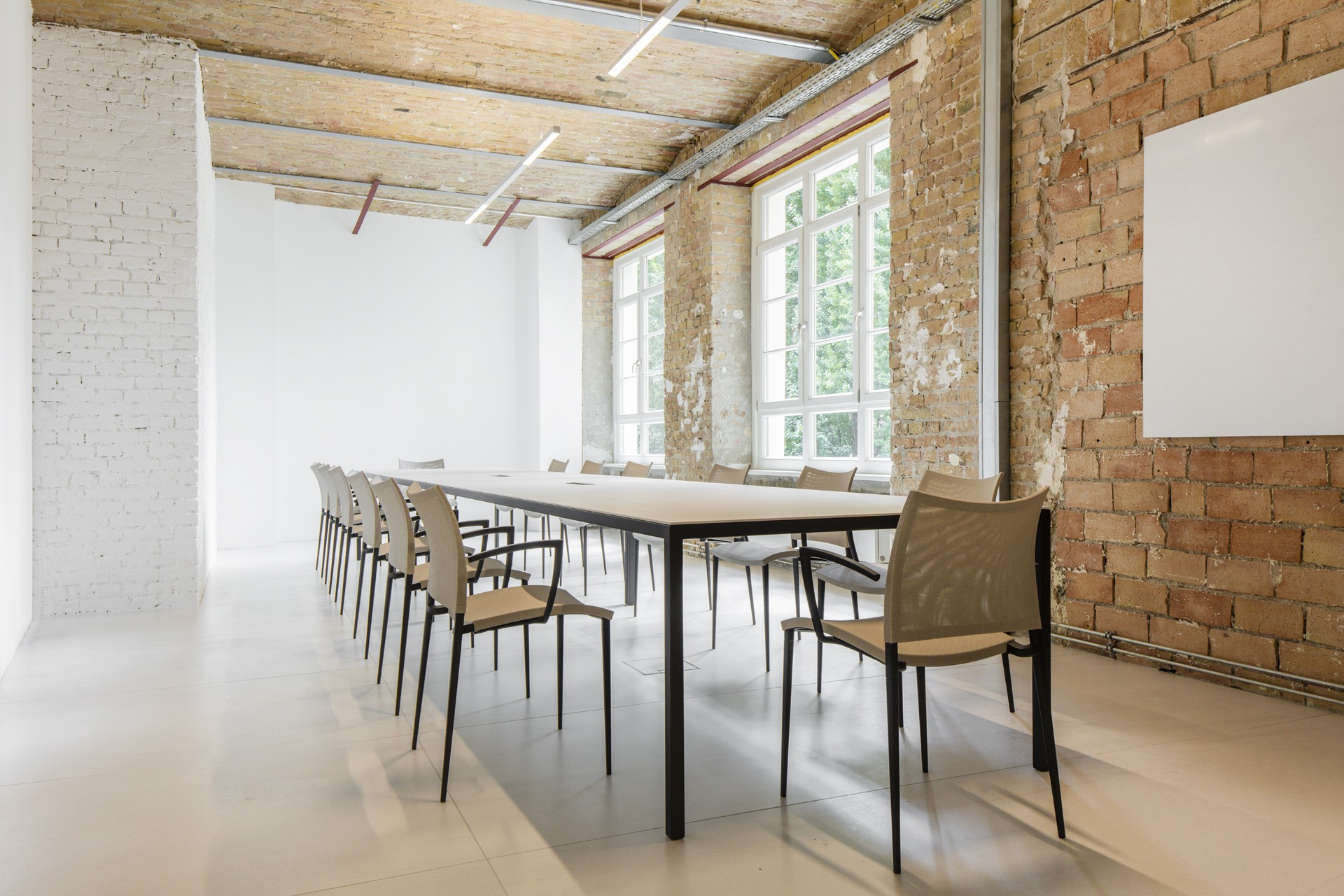 FAB Berlin  The Rooms – A Design and Food Experience