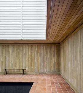 Macdonald Wright Architects Caring Wood una casa di campagna del XXI secolo