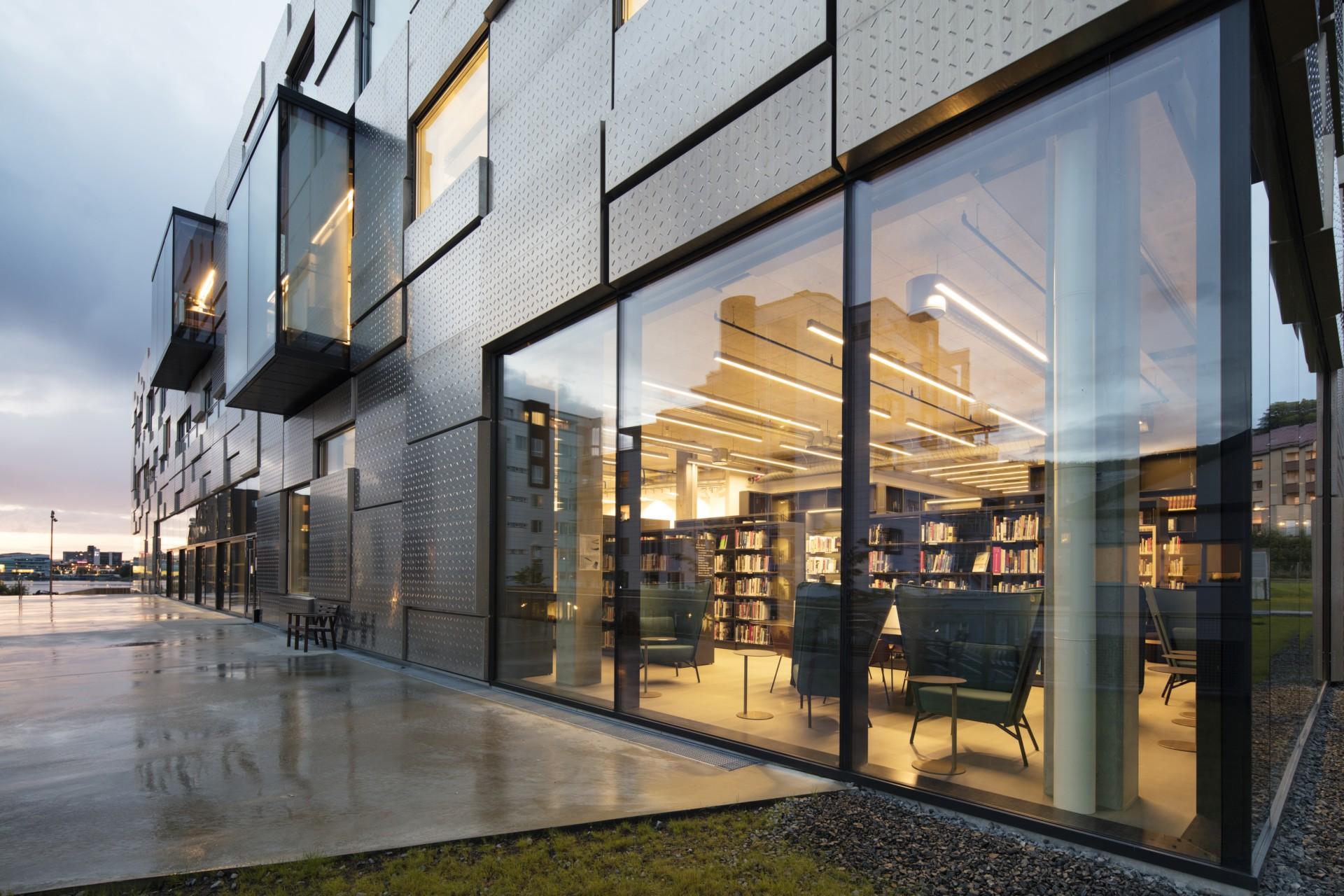 Snøhetta Facoltà di Belle Arti, Musica e Design a Bergen