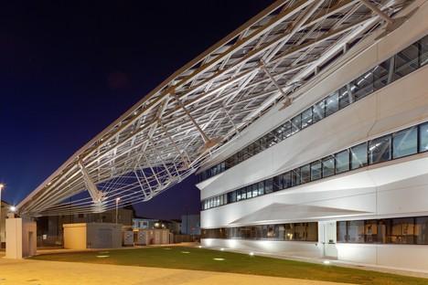 Pierattelli Architetture Arval Headquarters una saetta fotovoltaica a Scandicci