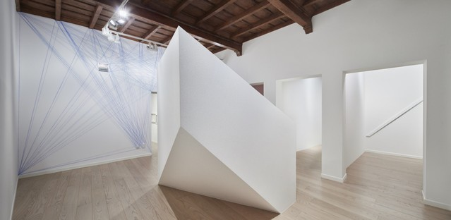 Mostra Sol LeWitt Between the Lines e l'architettura