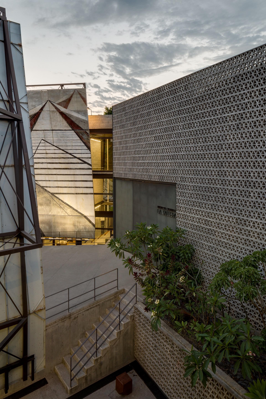 Frida Escobedo firma il Serpentine Pavilion 2018