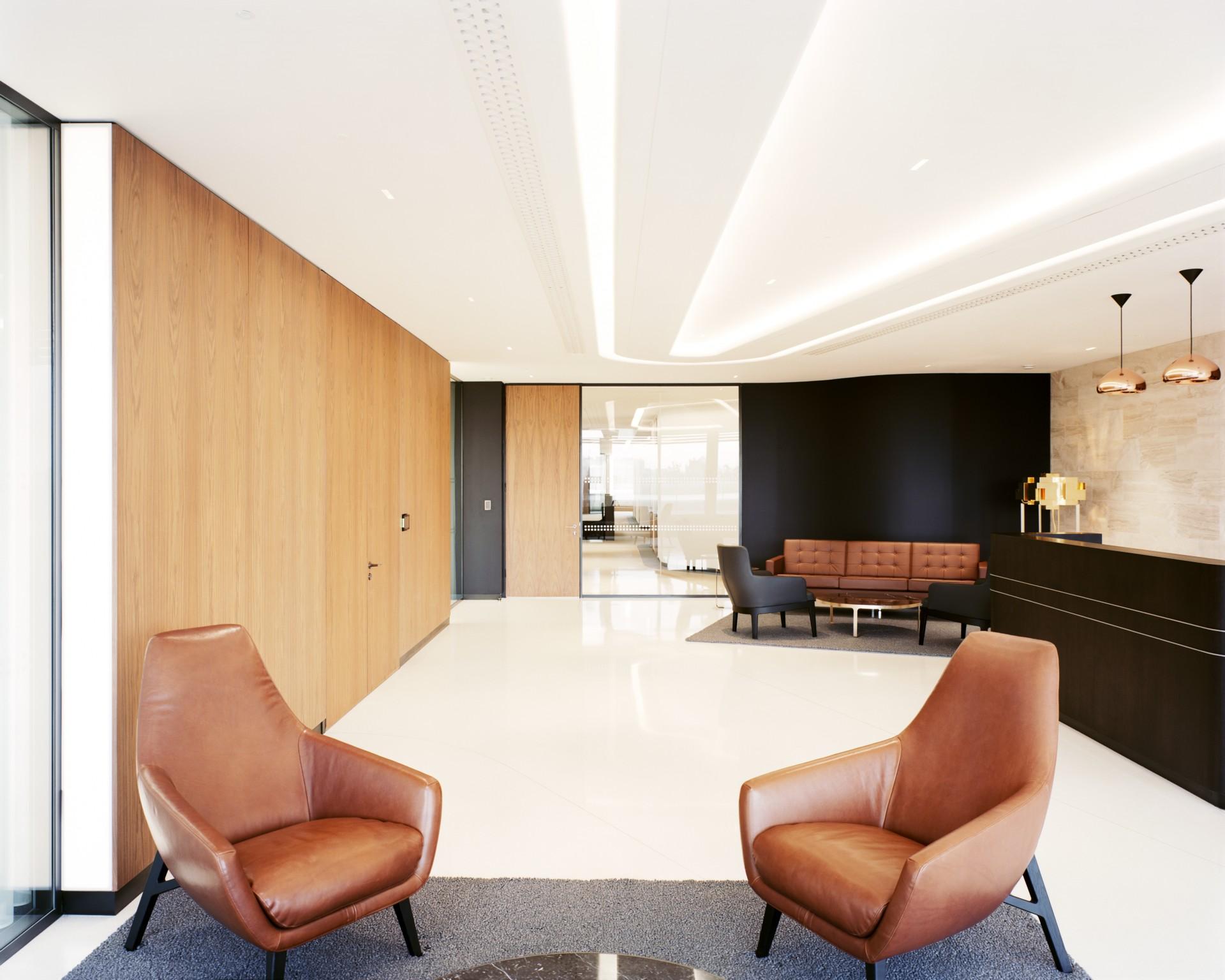 Powerhouse Company e AllesWirdGut due diversi esempi di interior per uffici