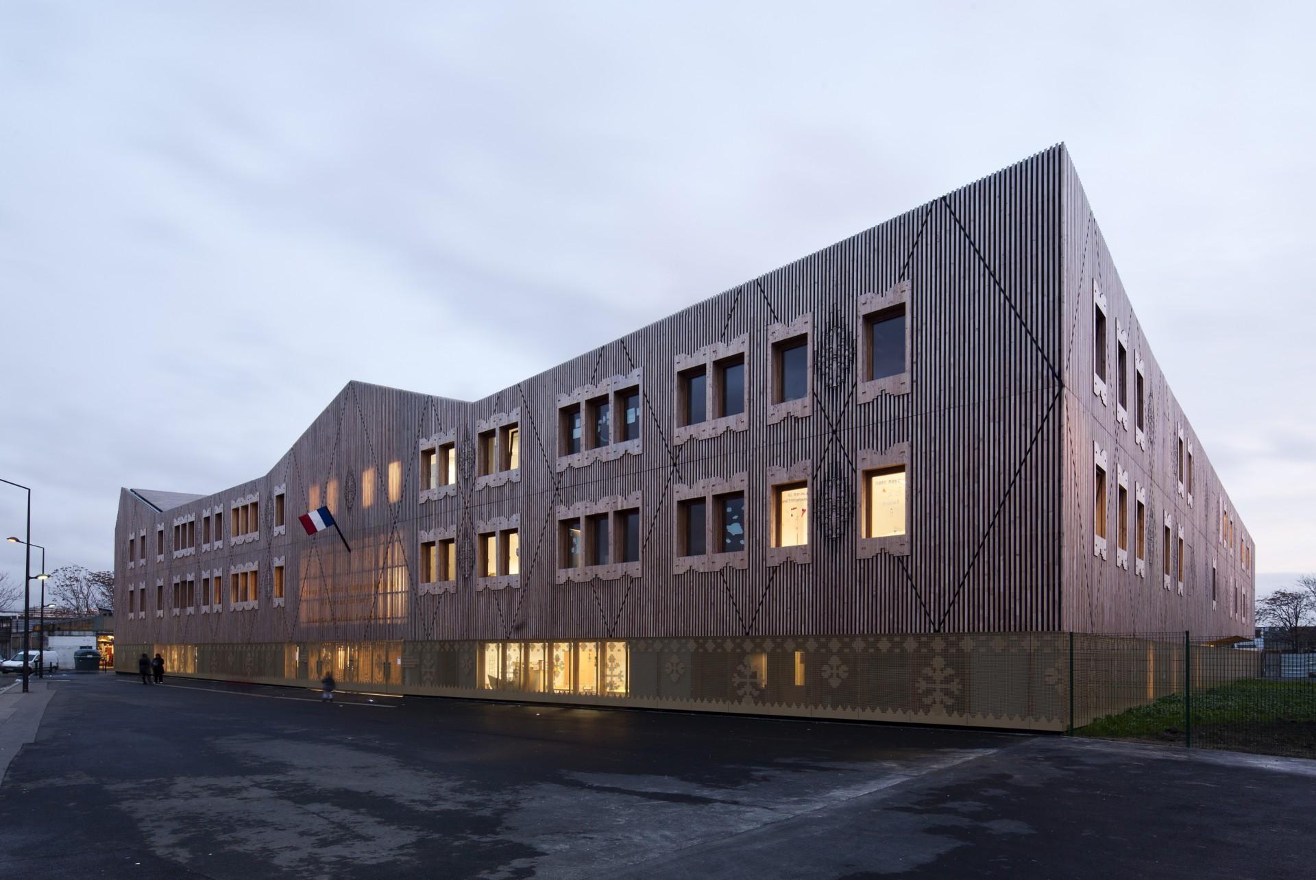 Atelier d'architecture Vincent Parreira Complesso Scolastico Intercomunale Casarès-Doisneau a Saint Denis