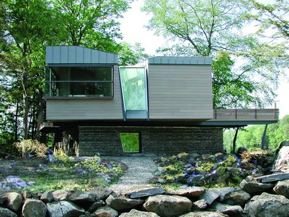 Archi-tectonics Gypsy Trail Residence  Kent, Upstate New York
