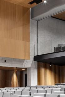 Studio Gemma e Alvisi Kirimoto un nuovo interior per l'Aula Magna LUISS