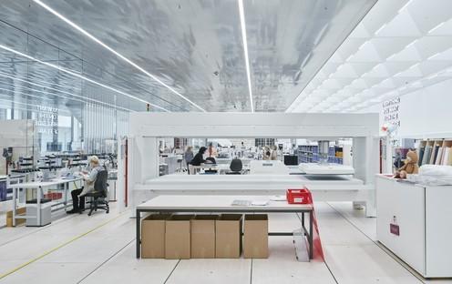 Completato lo Swarovski Manufaktur il Crystal Atelier progettato da Snøhetta