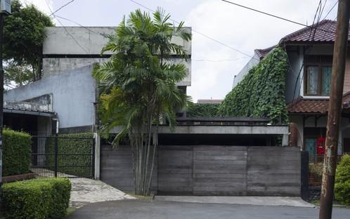 Architetture in Indonesia: una micro-biblioteca e una residenza