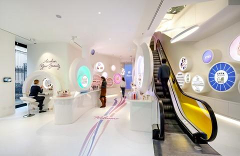 FUD di Lombardini22 progettato il nuovo store WakeUp Cosmetics a Milano
