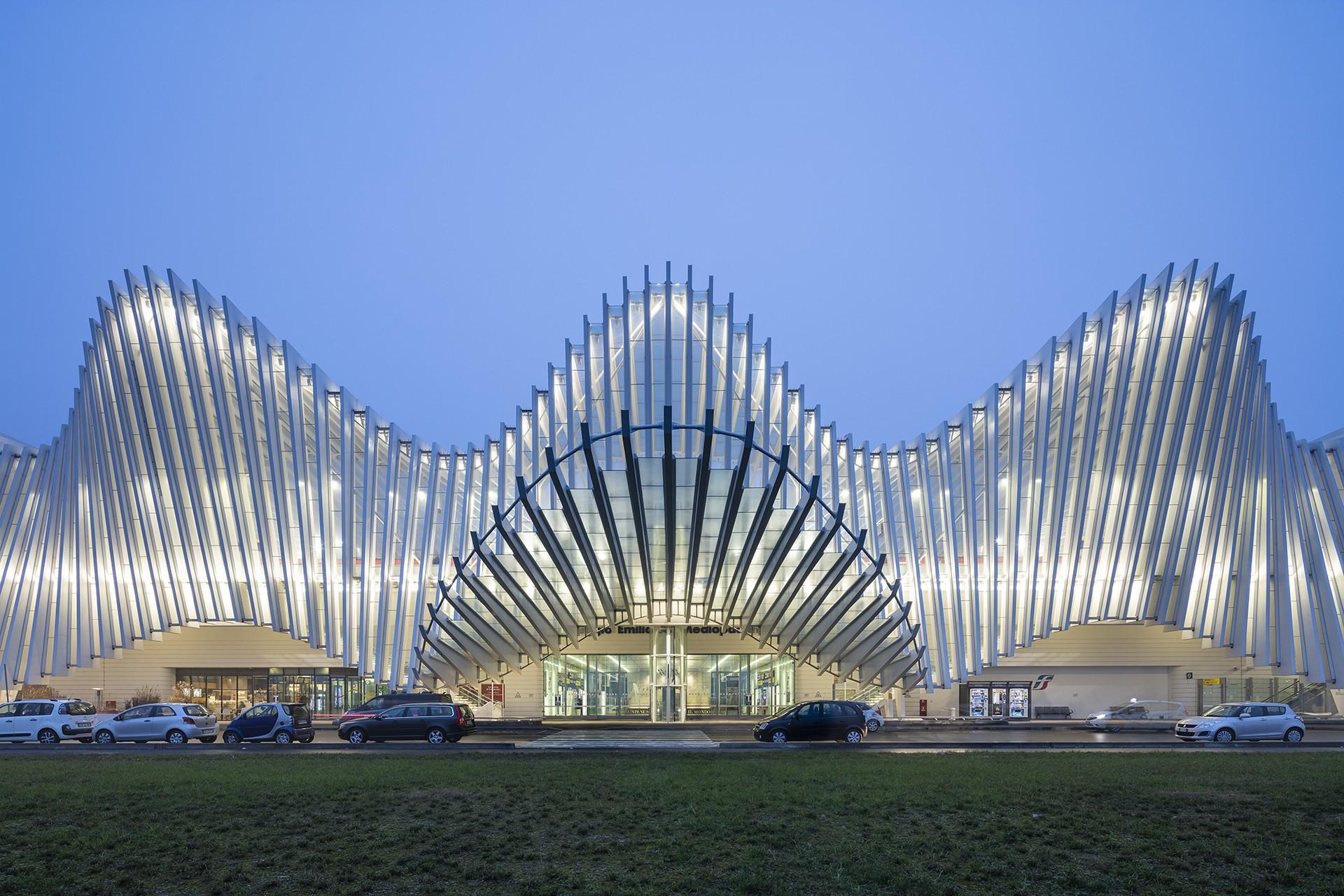 Lavorare In Qatar Architetto mostra santiago calatrava nella luce di napoli | floornature