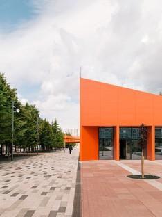 DROM trasforma una piazza monotona in un vivace spazio pubblico -  Azatlyk Square