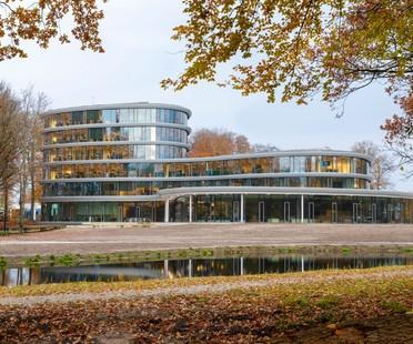 RAU Architects una cattedrale di legno per la Triodos Bank a Driebergen-Rijsenburg