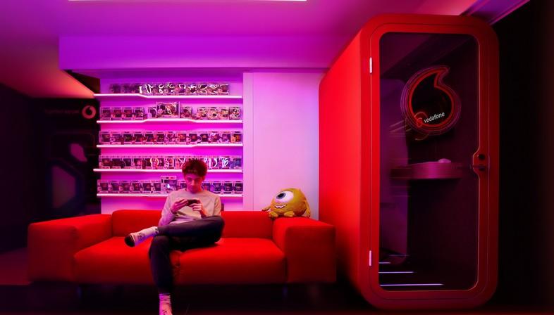Fabio Novembre progetta le gaming room di Favj e Pow3r