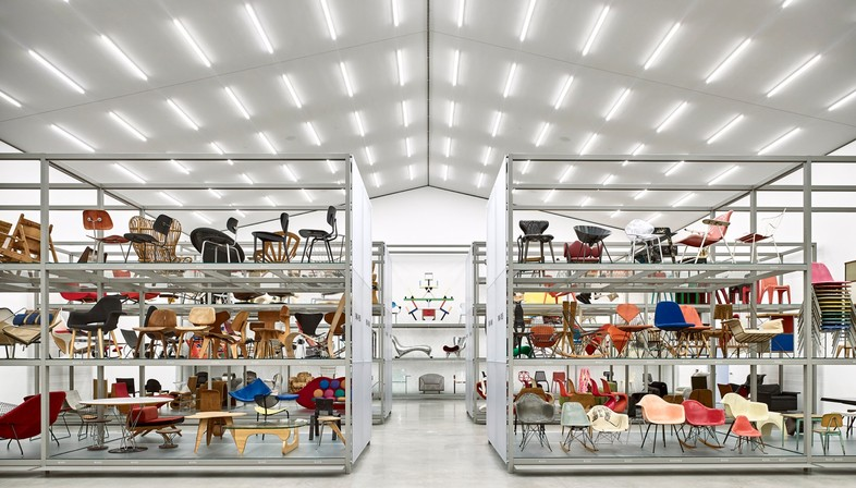 mostra Spot On Women Designers in the Collection eNathalie Du Pasquier al Vitra