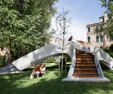 Striatus un ponte ad arco stampato in calcestruzzo 3D a Venezia
