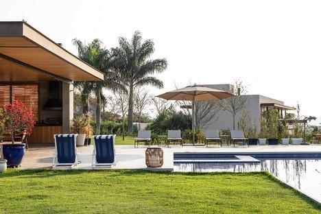 Gilda Meirelles Arquitetura MG House una casa contemporanea in un contesto rurale