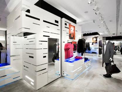H&M shop, Barcellona - Studio Mariscal