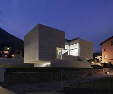 House in Lumino di Macullo Architects, Svizzera
