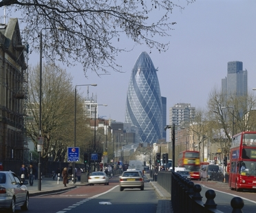 Foster, The Gherkin vince il CTBUH 10 Year Award