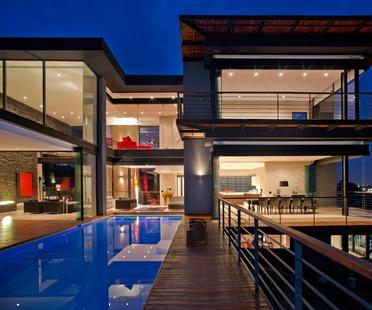Architettura in Sudafrica. House Lam di Nico van der Meulen.