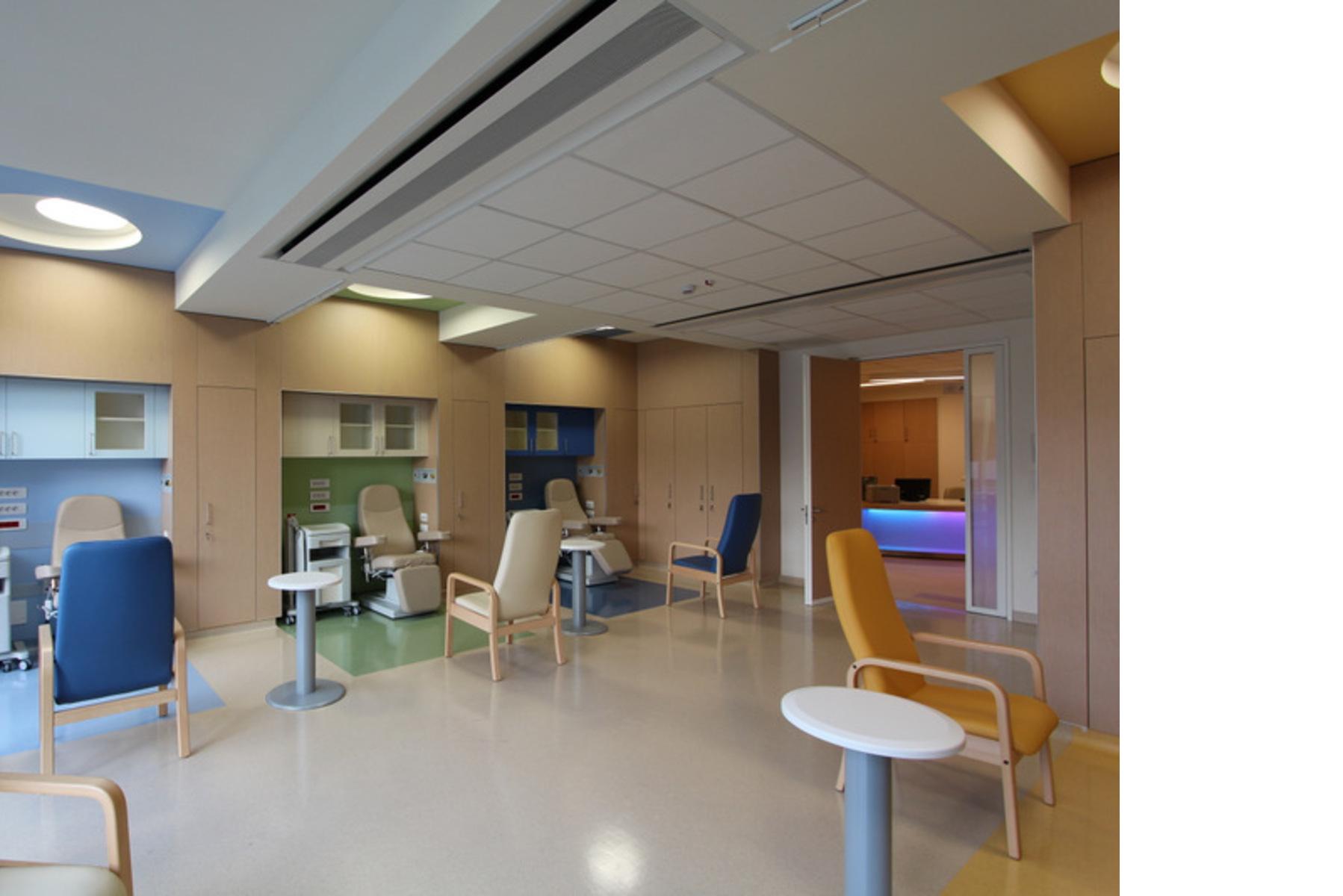 """Nuovo Ospedale dei Bambini """"Pietro Barilla"""" di Parma, Policreo."""