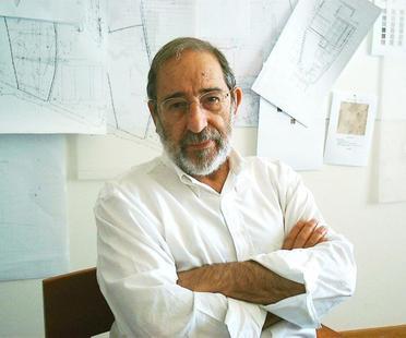L'architetto Alvaro Siza dona parte del suo archivio