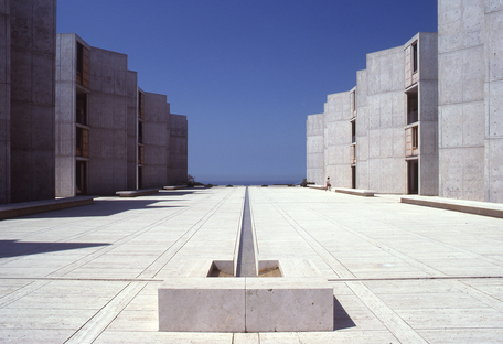 Louis Kahn  Salk Institute in La Jolla California  ph. John Nicolais
