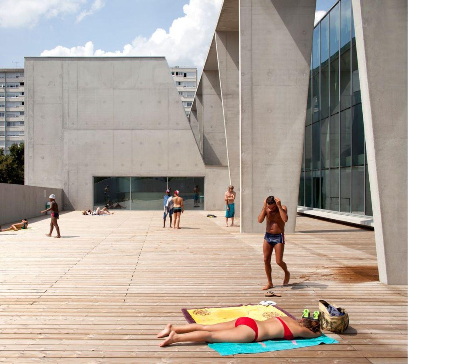 Dominique Coulon ristruttura la piscina comunale a Bagneux Parigi