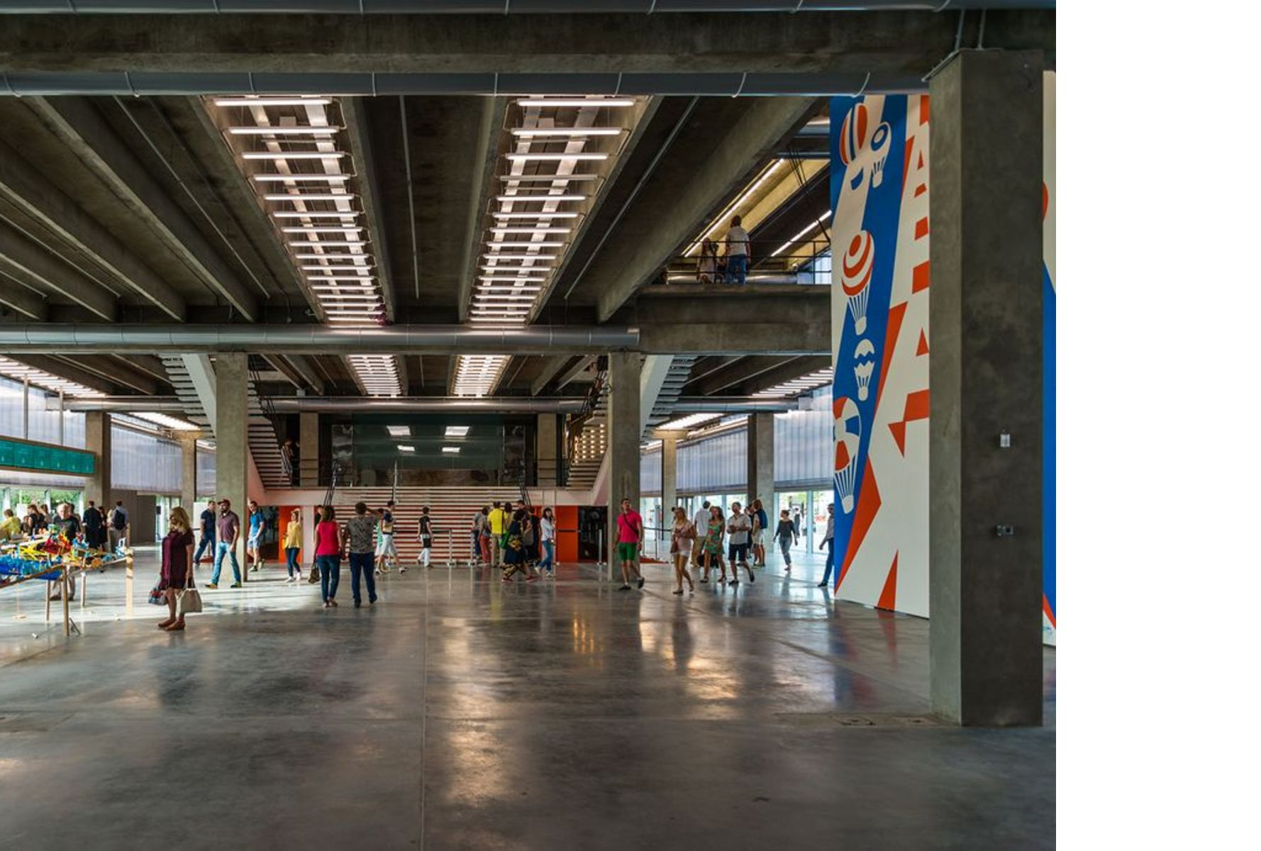 OMA-Rem Koolhaas: Garage Museum of Contemporary Art Mosca