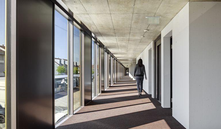 2b Architectes e gli uffici Jolimont Nord a Mont-sur-Rolle