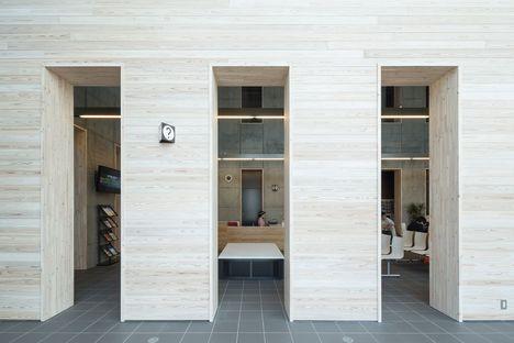 Tsuruga Multipurpose Center ORUPARK di Chiba Manabu Architects