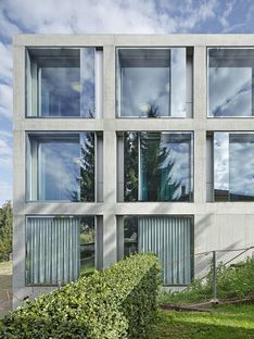 2b architectes: ampliamento scuola Belmont-sur-Lausanne
