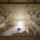 OFIS architects: Alpine barn tourist apartment a Bohinj, Slovenia