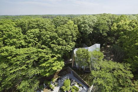 Nakamura & NAP: Sayama Forest Chapel & gassho