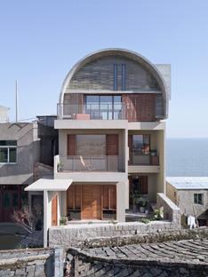 Vector Architects: ristrutturazione della casa del Capitano