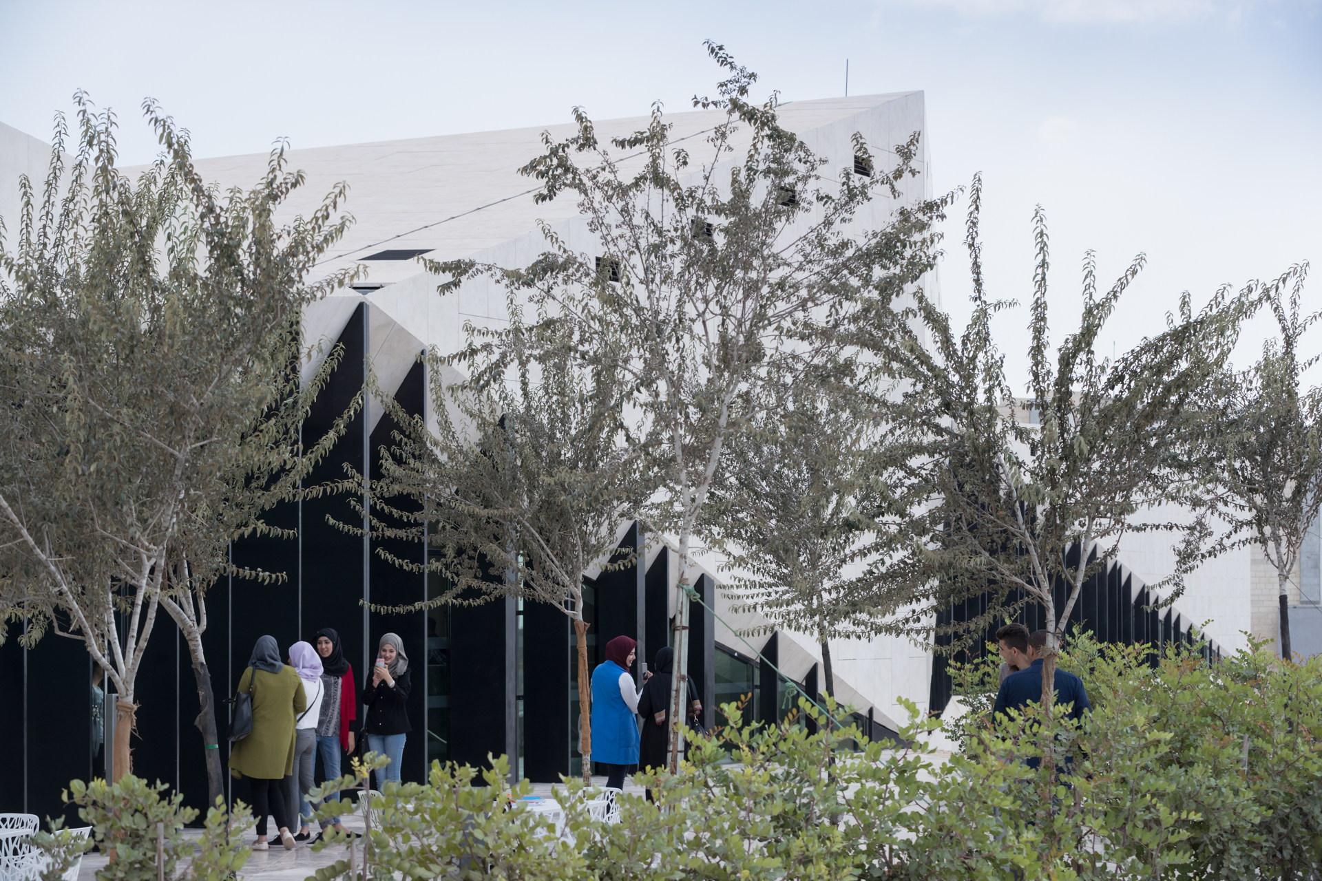 Heneghan Peng Architects: Il museo della Palestina a Birzeit
