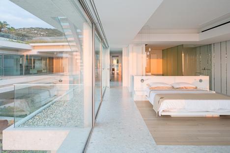 BLANKPAGE Architects e Karim Nader Studio: Villa Kali in Libano