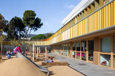 b720 Fermín Vázquez: Lycée Français Maternelle, ph. Simón García