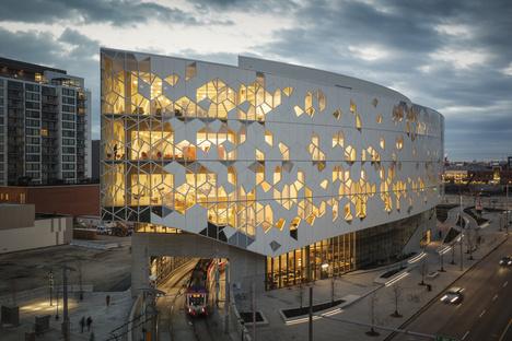 Snøhetta+DIALOG: nuova biblioteca centrale di Calgary in Canada
