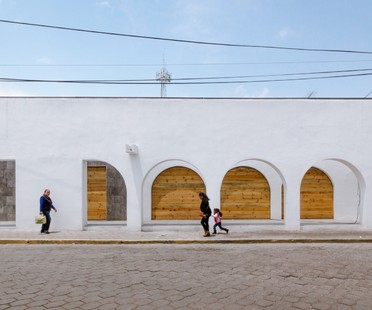 Vrtical per l'architettura democratica: Tlaxco Artesan Market